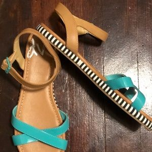 Low Platform Sandals